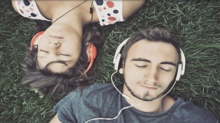 escucha-tu-playlist-sin-lmite-de-tiempo