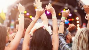 de-5-festival-essentials