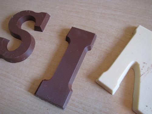 mmm-chocoladeletters